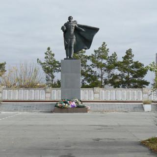 Памятник в г. Татарске