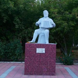 Памятник Геннадию Заволокину