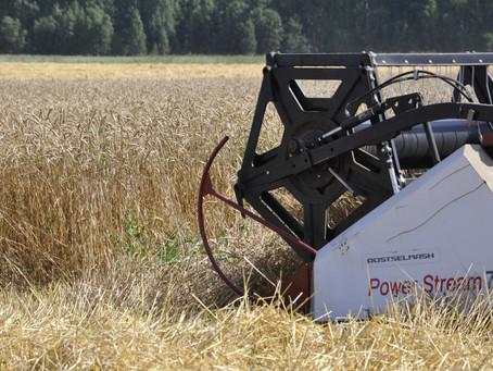 Более чем 150 единиц техники закуплено аграриями Татарского района