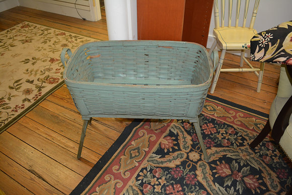 1930's Innovative Laundry Basket