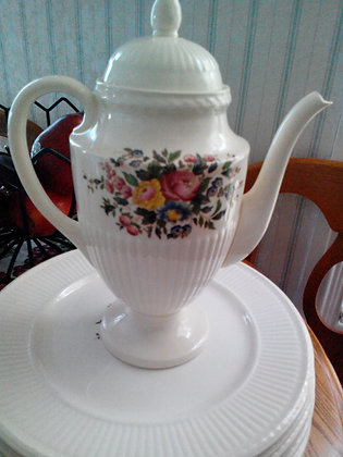 Wedgwood Conway Pattern China