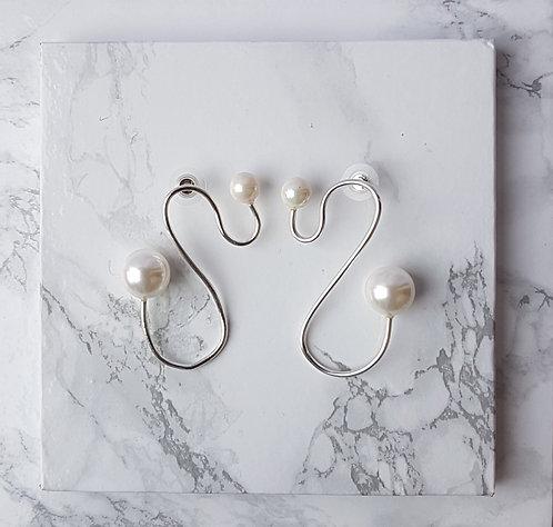 Fluid Pearl Earrings- Silver
