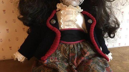 Creepy Madaline doll.