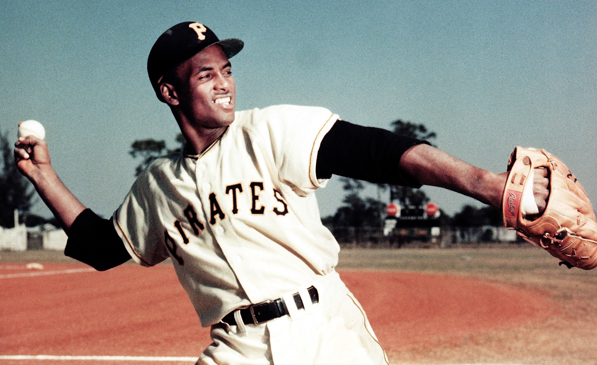 Roberto Clemente baseball stats with batting stats pitching stats and fielding stats along with uniform numbers salaries quotes career stats and biographical