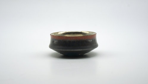 Sake Cup 覆黒銀彩平盃