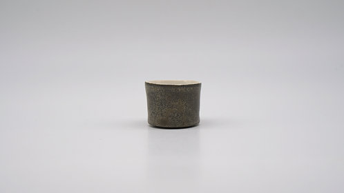 Tea Cup in Silver Glazing 銀色茶杯