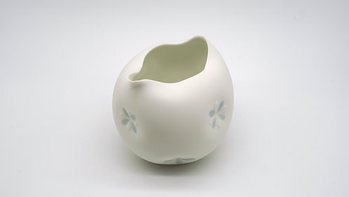 Sake Decanter 小花片口