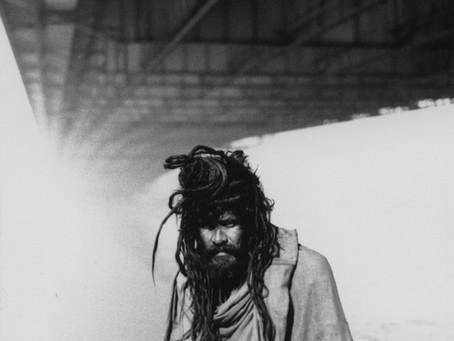 Le sadhu sous le pont de Calcutta