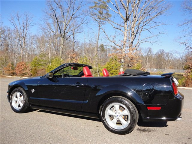 used-2009-ford-mustang-gt-5855-9943039-7-640