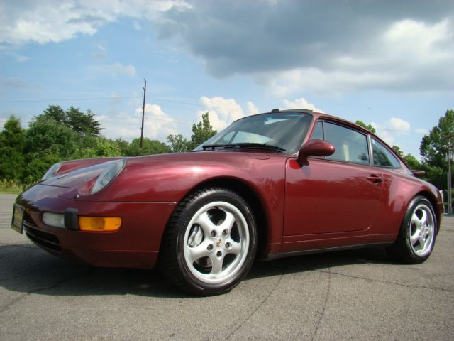 used-1996-porsche-911-carrera4-5855-4480125-4-640