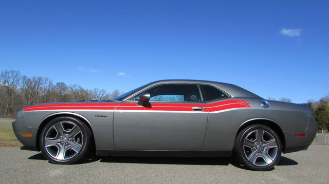 used-2012-dodge-challenger-rthemiclassicwsupertrakpak-5855-14620352-2-640