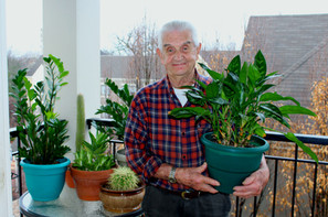 Bill is our resident green thumb! No one can nurture a plant like Bill can!