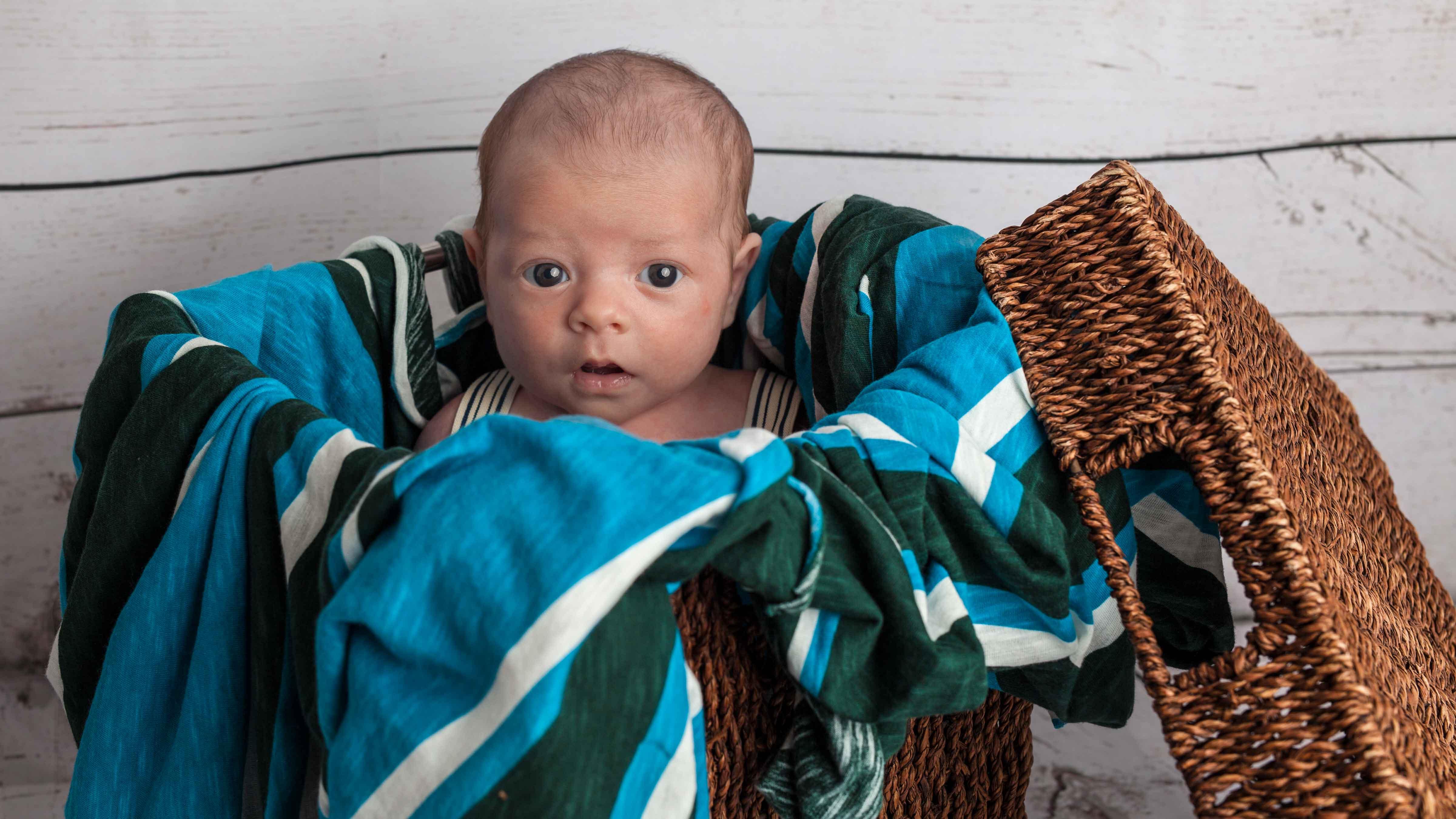 newborn-reportatge-estudi-caixa-bebe