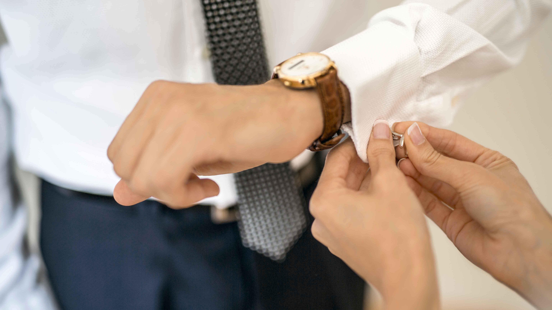 casament-nuvi-detall-preparatiu