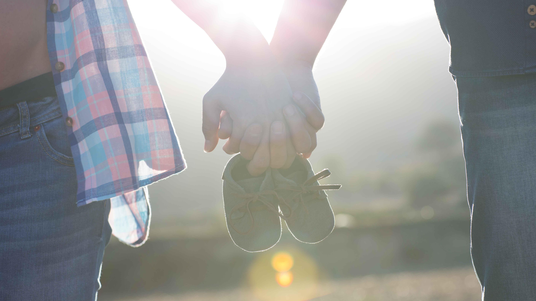 premama-parella-embaras-sabates