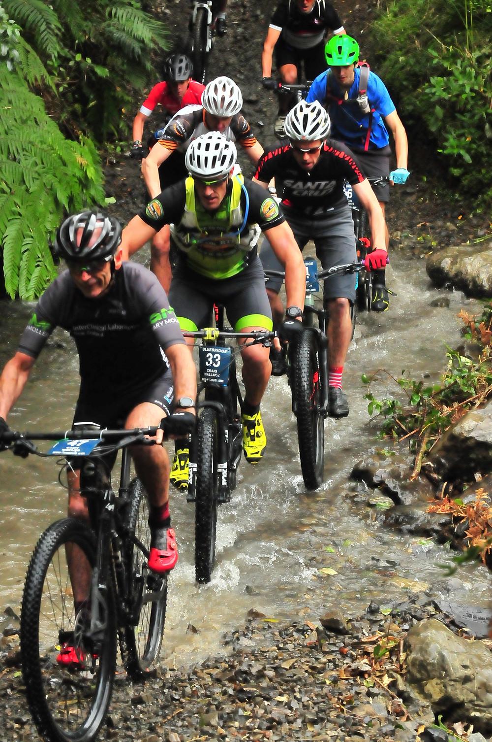 Karapoti Classic 2019 - climbing the Gorge
