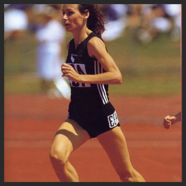 A young Lorraine Moller racing the 3,000m at the Auckland Commonwealth Games 1990
