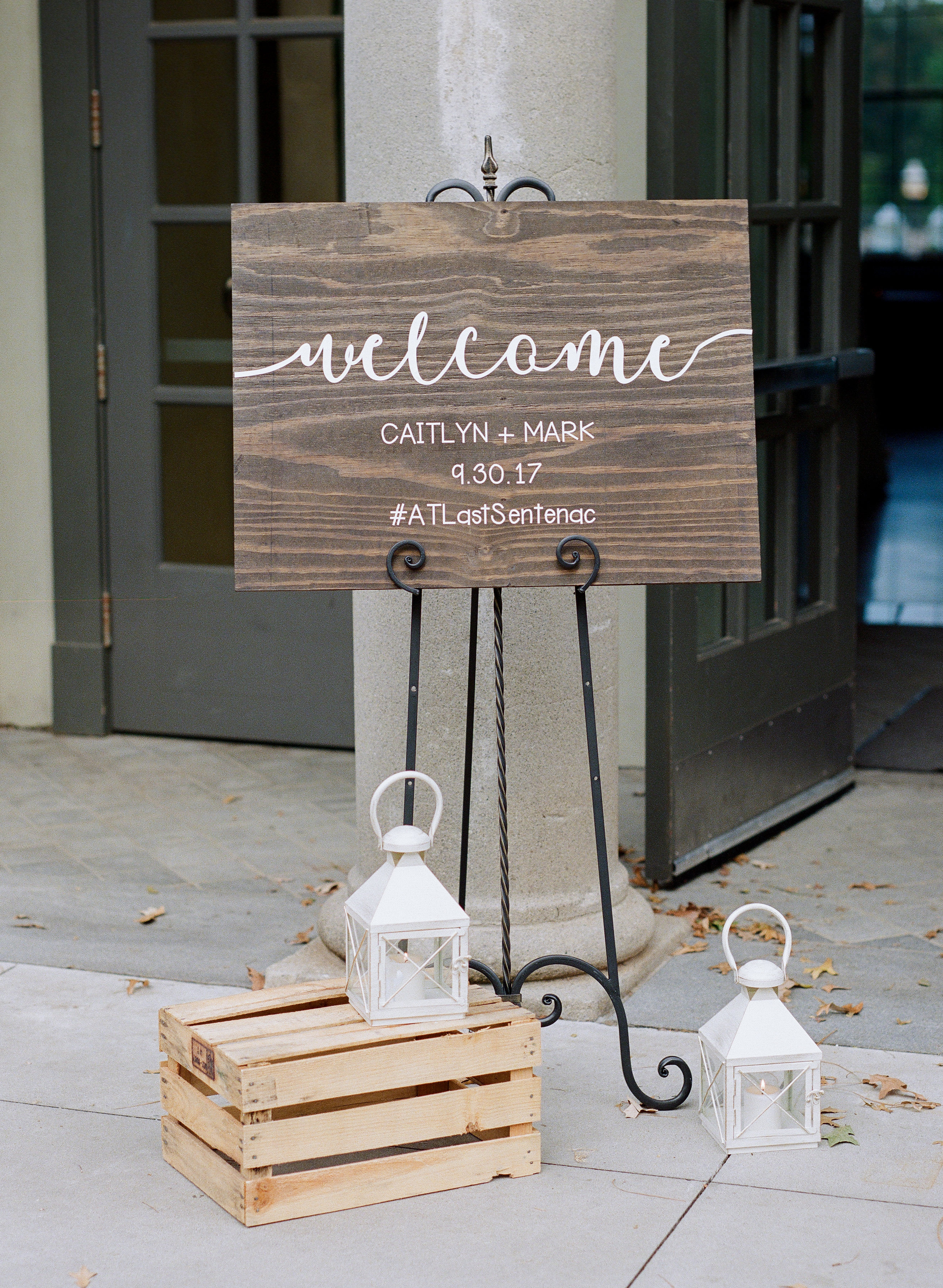 welcome sign 1