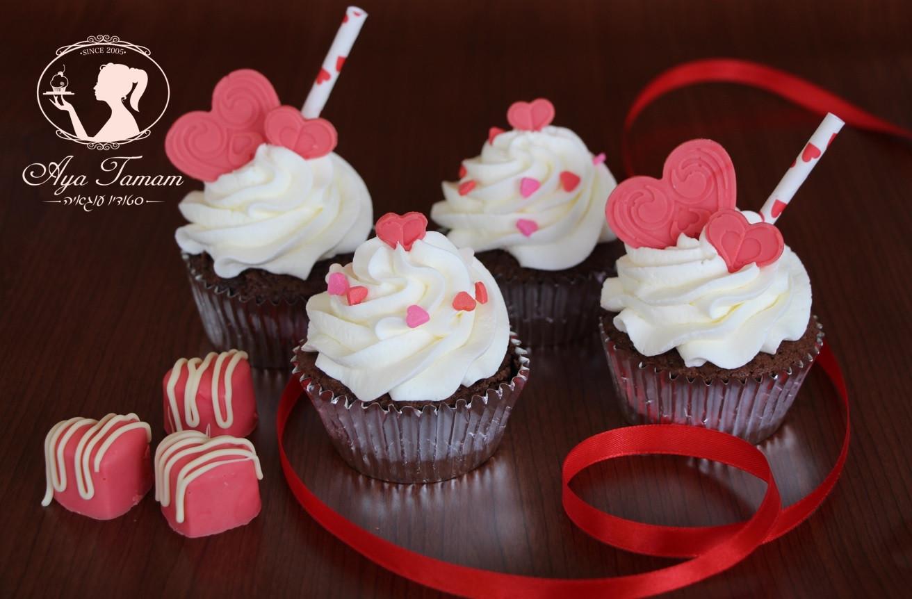 קאפקייקס יום האהבה.jpg