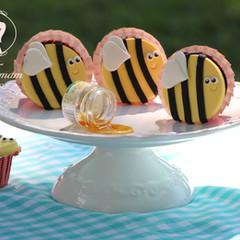 קאפקייקס דבורים.jpg