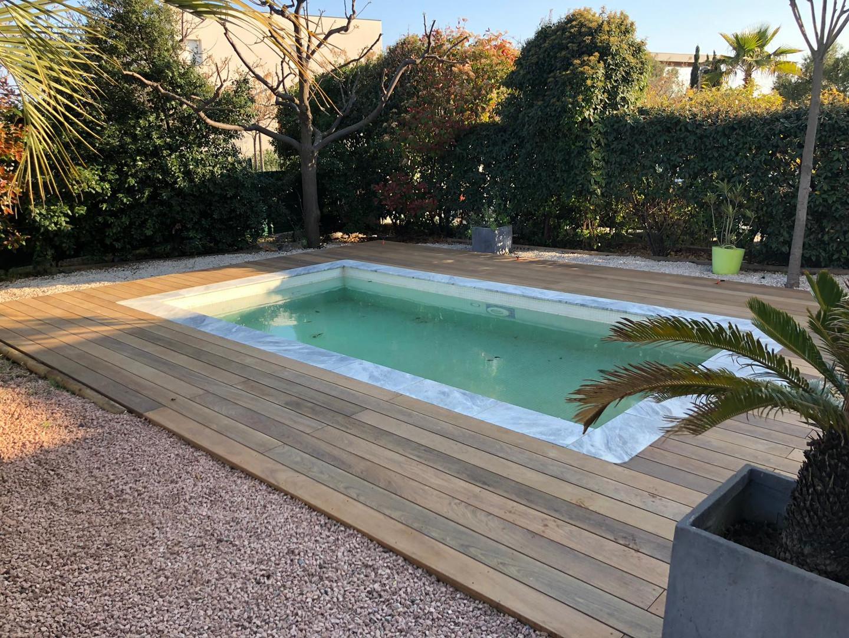 Pose d'une terrasse en bois exotique Ipé