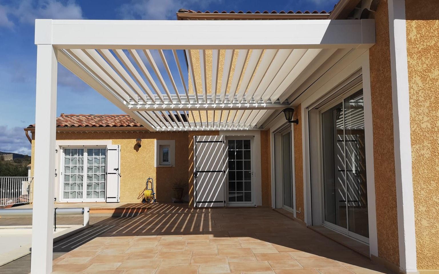 Pergola Bioclimatique dans le Gard