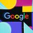 Google testează afișaje inteligente care se activează fără un cuvânt de trezire