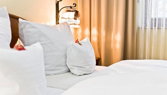 Hotel Nürnberg Kainsbacher Mühle Bett Zimmer