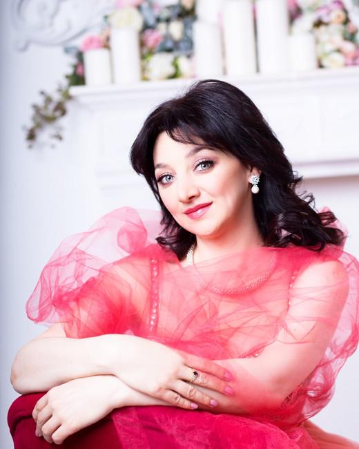 Елизавета КАНАУЗОВА (сопрано)