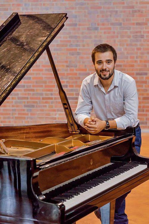 Васко ДАНТЕС (фортепиано)