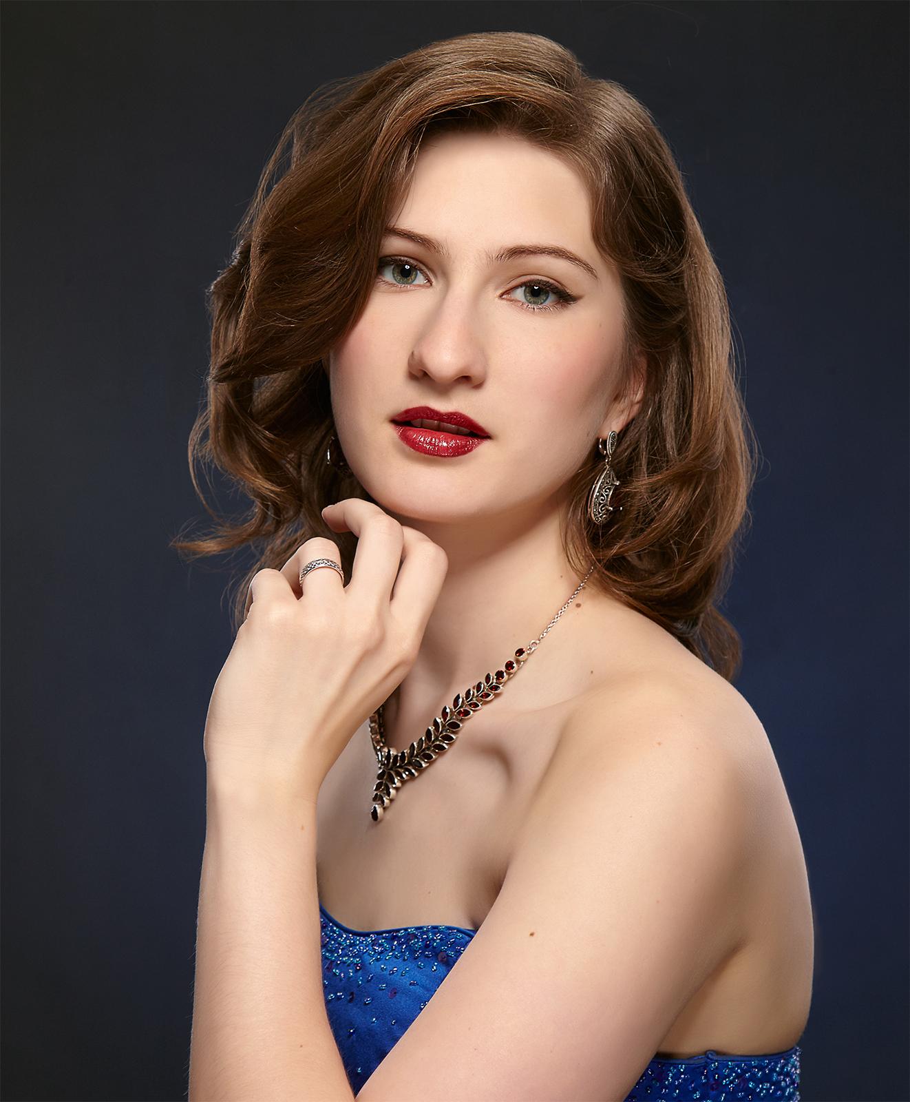 Варвара КОМАРОВСКАЯ (сопрано)