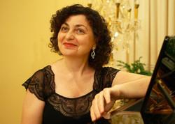 Виктория МНАЦАКАНОВА (фортепиано)
