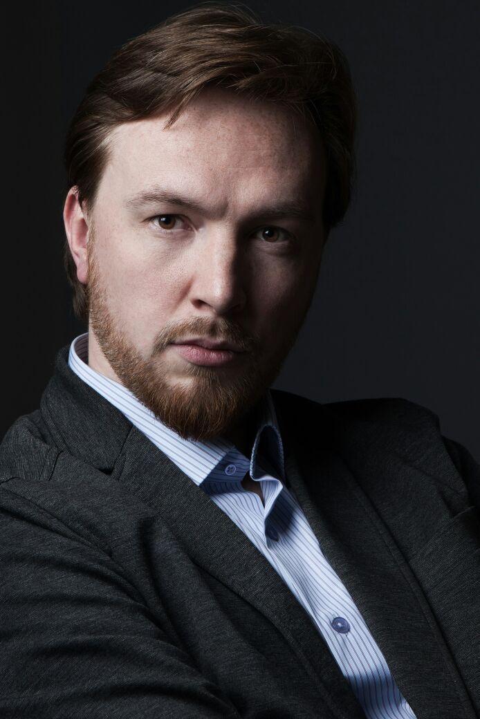 Станислав ЧЕРНЕНКОВ (бас)