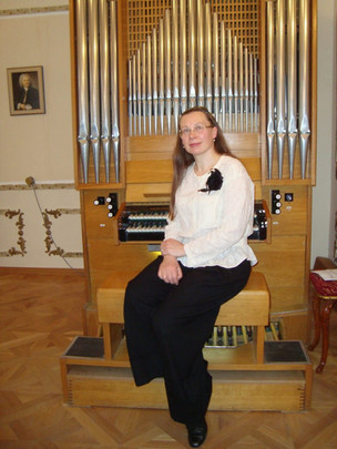 Татьяна ГАВРИЛОВА-ЦВЕТОВА (орган, клавесин, клавикорд)