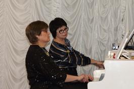 Елизавета Балашова и Елена Пономарёва (фортепианный дуэт)