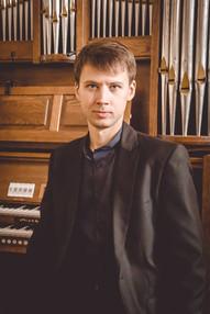 Егор КОЛЕСОВ (фортепиано)