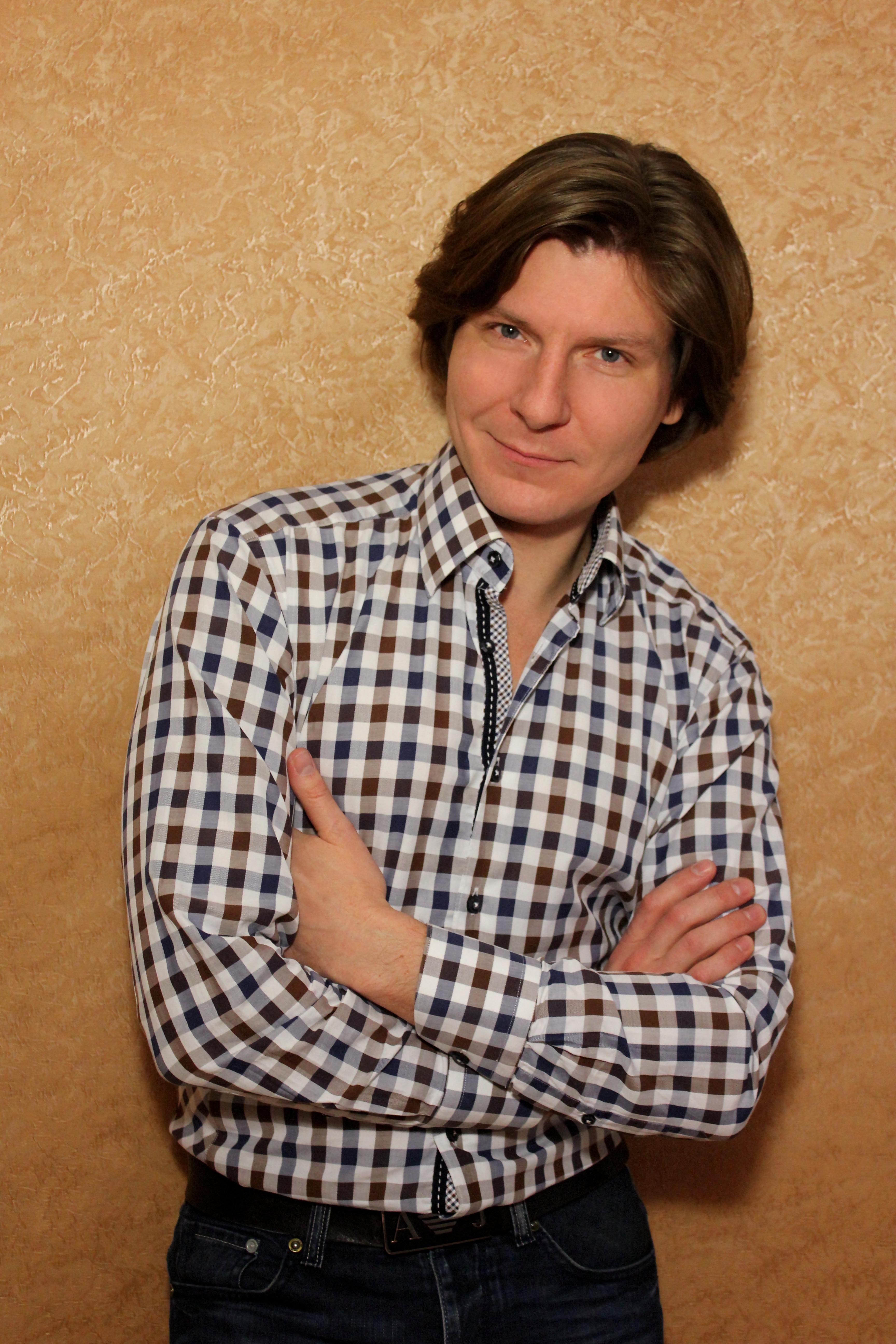 Антон ВАРЕНЦОВ (баритон)