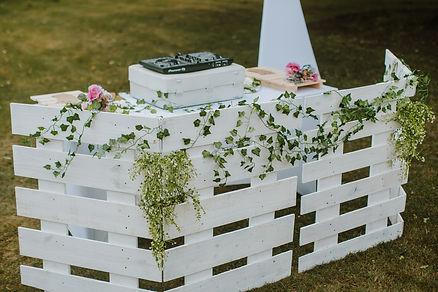 sulgrave manor rustic wedding dj