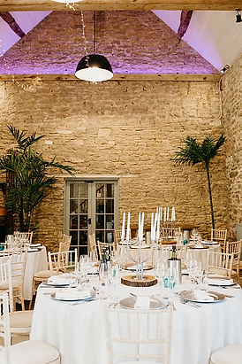 wedding venue ashcroft barn wiltshire
