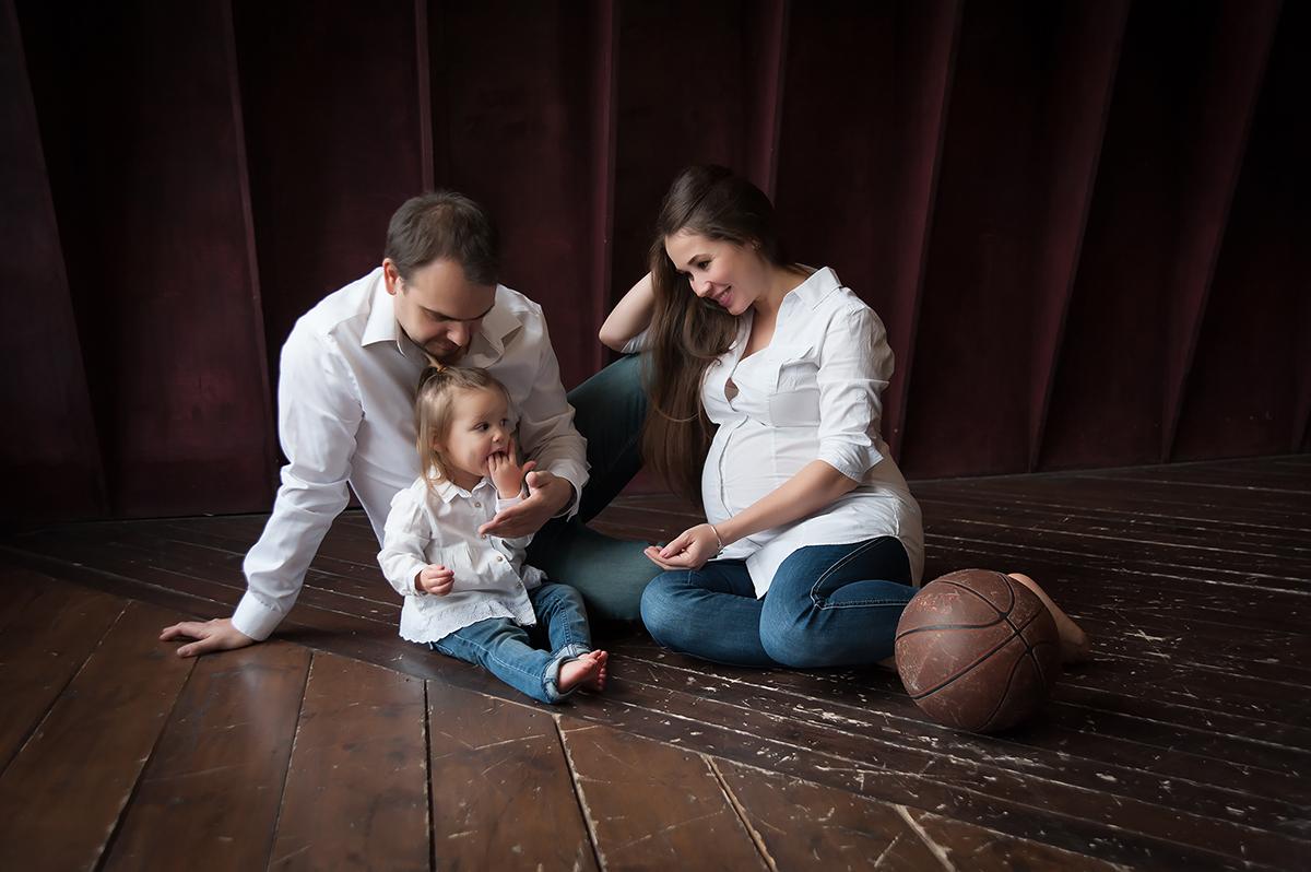 семейная студийная фотосессия