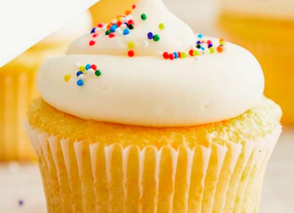 Vanilla cupcake with vanilla icing 4 pcs