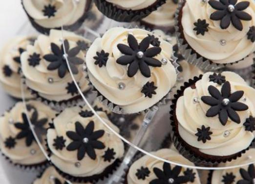 Black & White Cupcake 4 pcs set