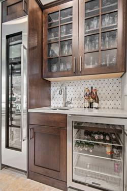 Clean Modern Kitchen -8