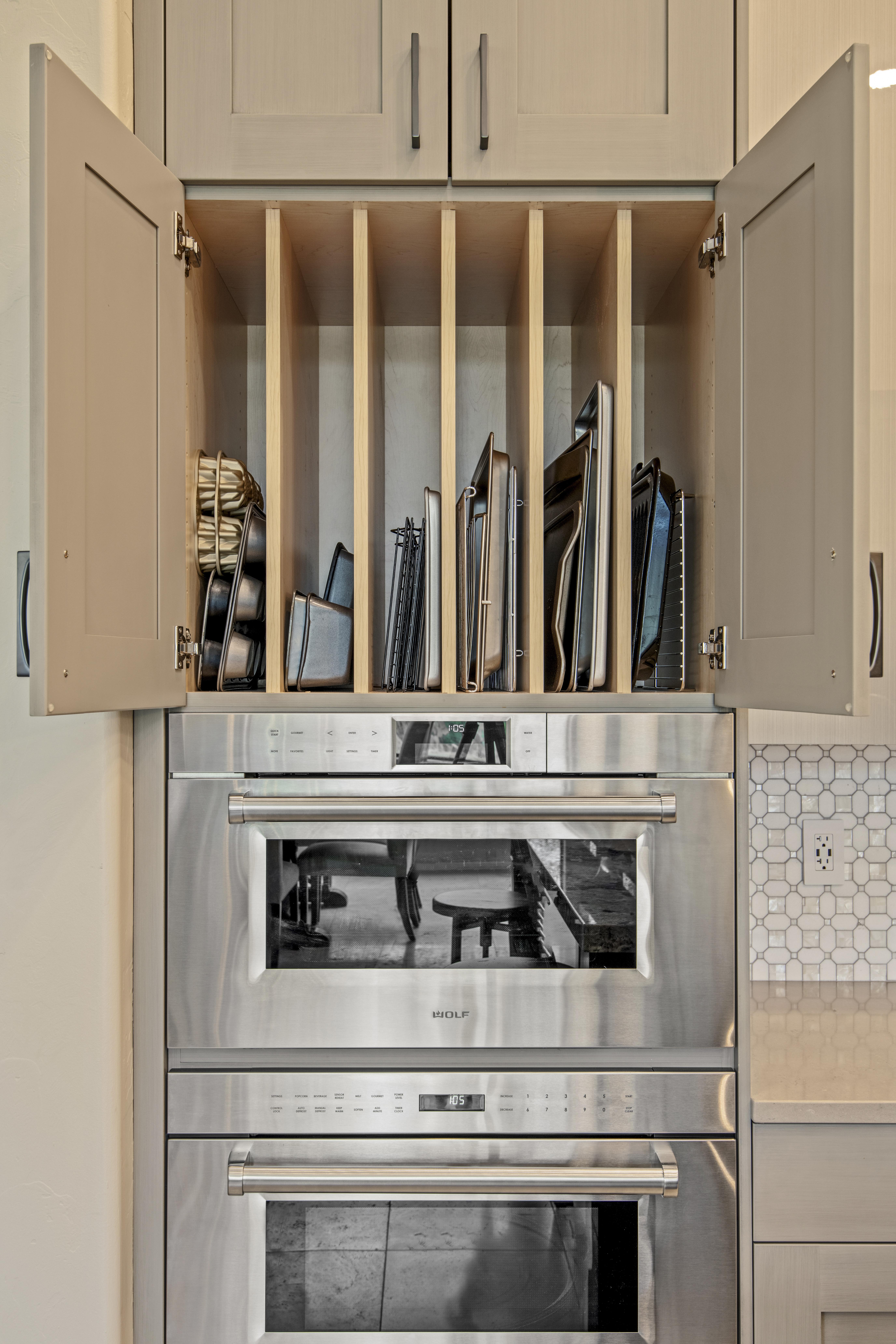 Clean Modern Kitchen -11