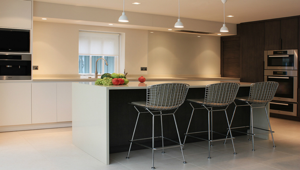 white-modern-kitchen