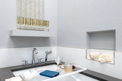 Contemporary-Spa-like-Bathroom