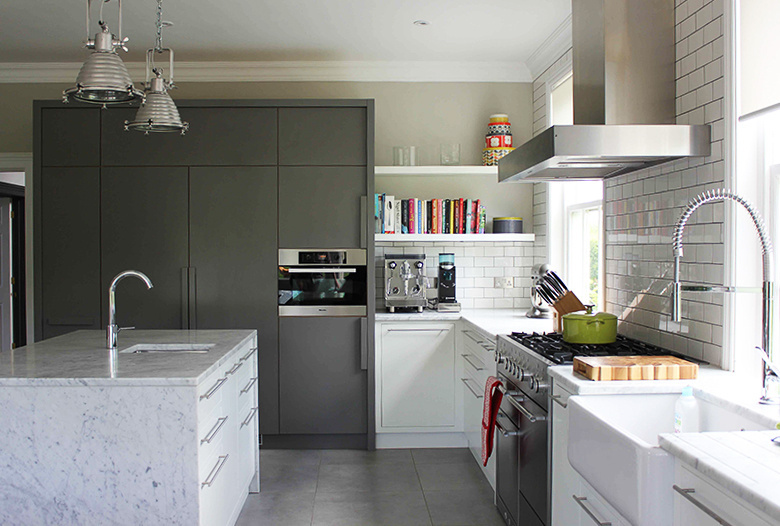 white-contemporary-kitchen