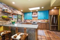 Rustic Traditional Kitchen -5