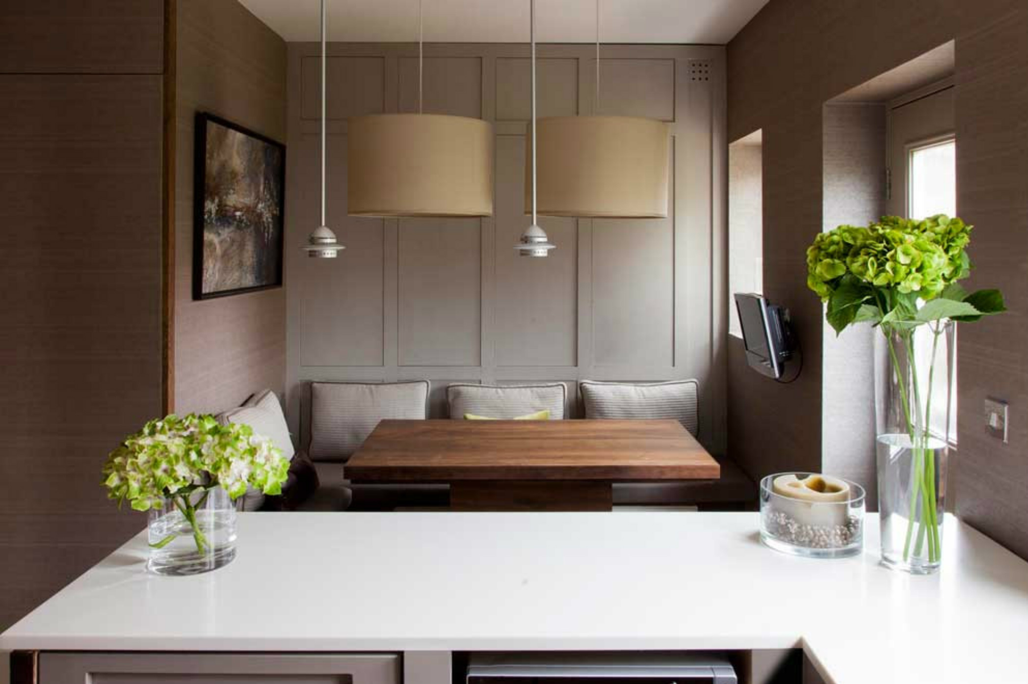 elegant-grey-kitchen