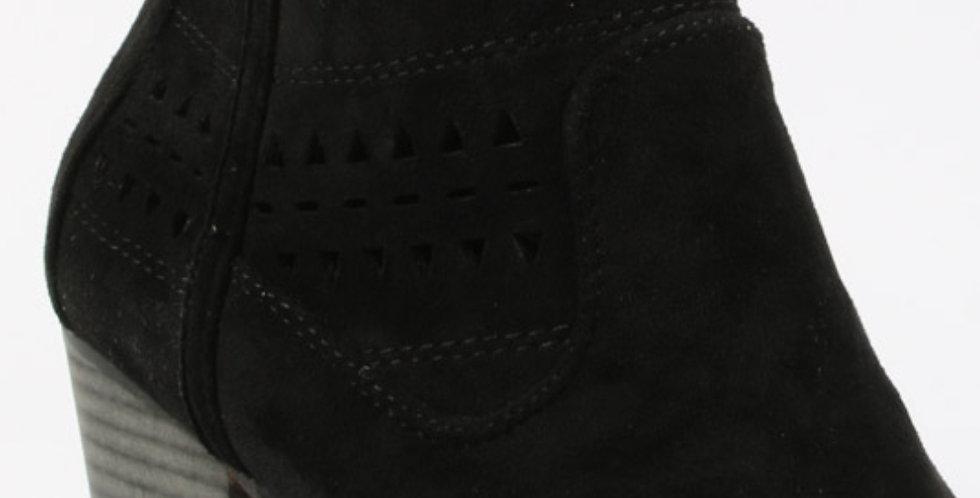 Suede Noir Ankle Boots